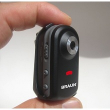 Braun Phototechnik  Pocket Camcorder 2 Megapixel Bild 1