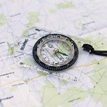 washati kompakter Kartenkompass mit drehbarem Ring Bild 1